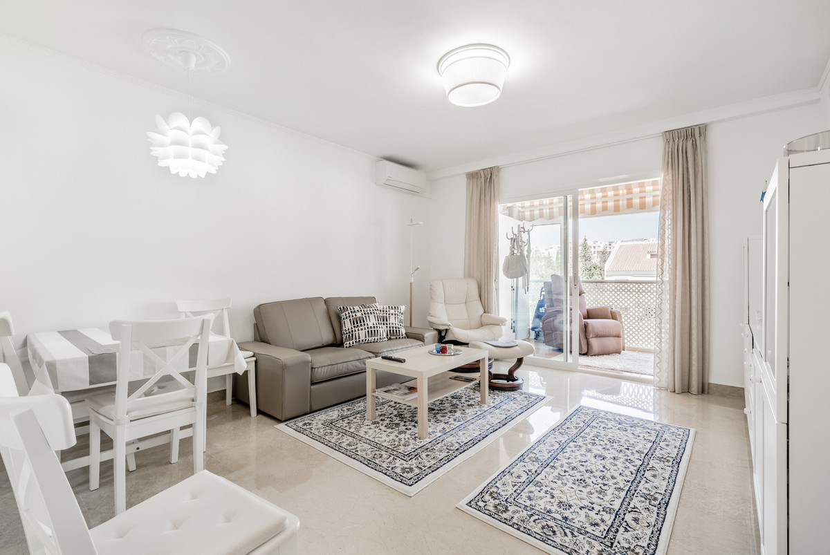 Lovely one bedroom apartment for sale in centre of Los Pacos, Fuengirola. Apartment consist of one b, Spain