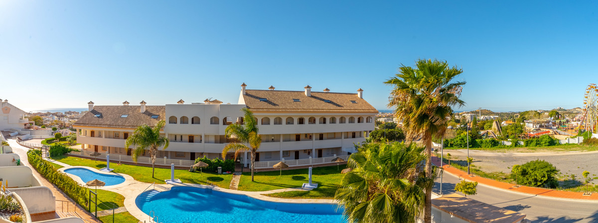 Welcome to this cozy two bedroom apartment with sea view. This lovely home has good size terrace whi,Spain