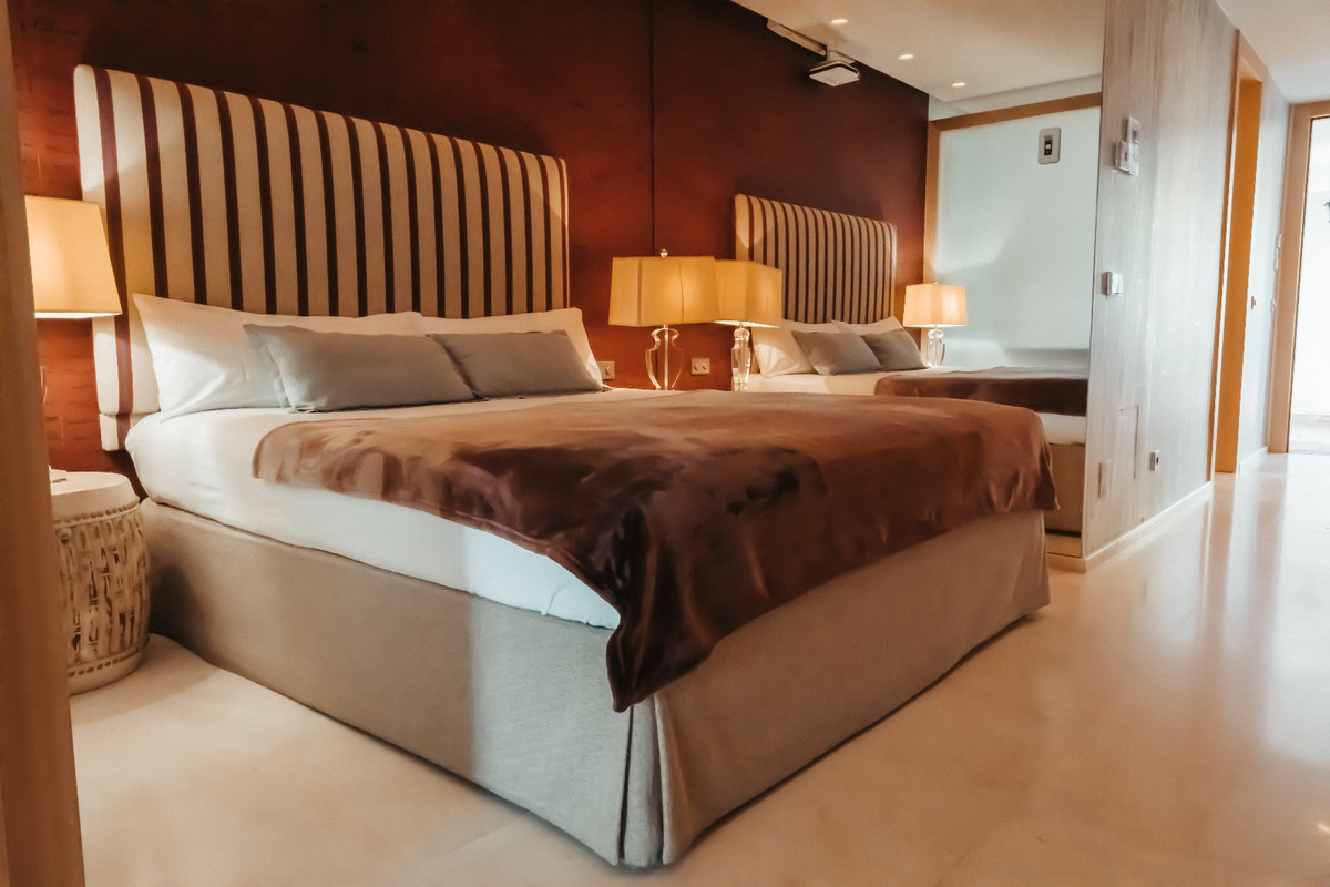 Apartamento Planta Baja en Venta en The Golden Mile – R3703280