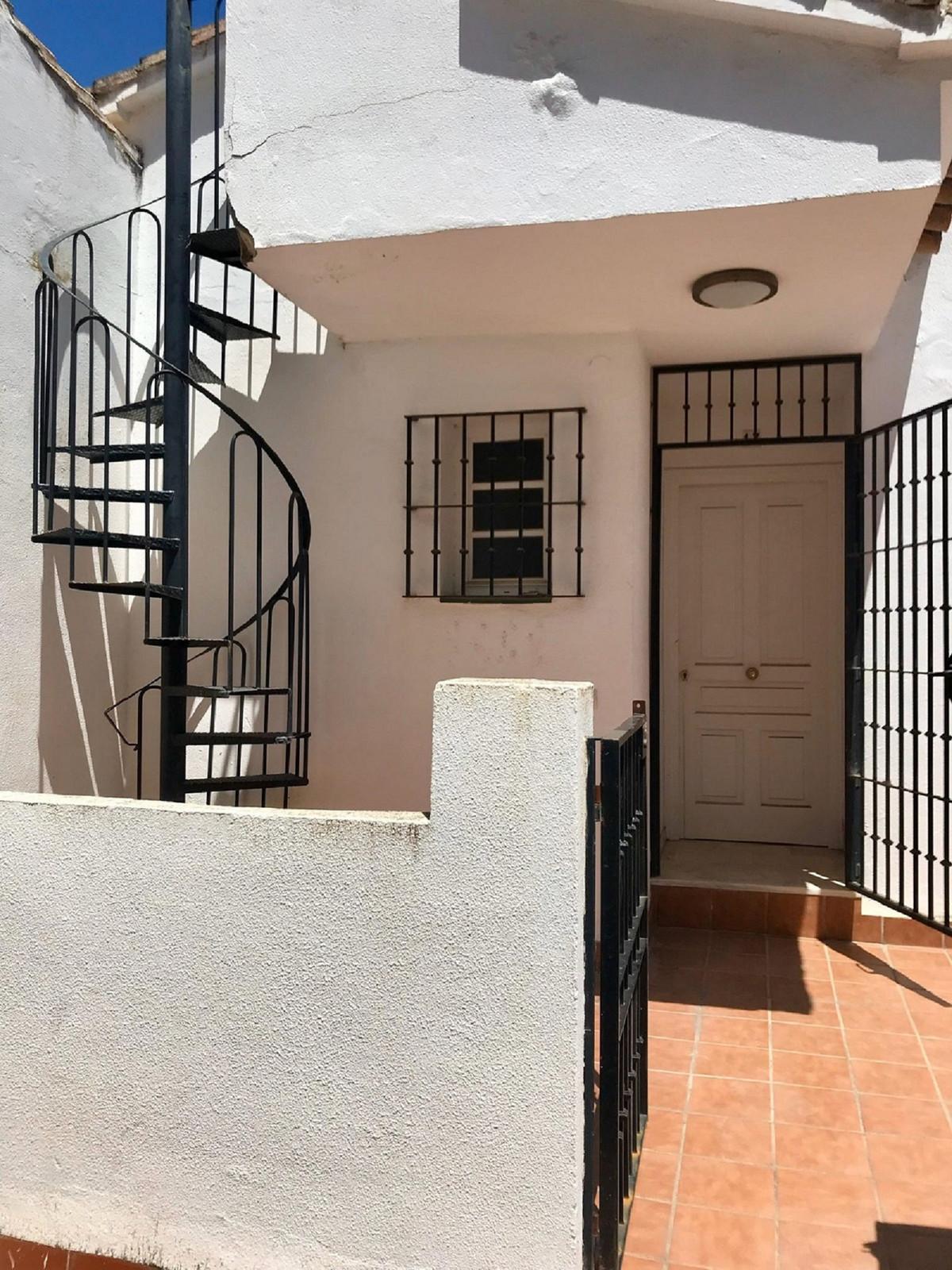 Long Term Rental - Townhouse - Torrequebrada - 1 - mibgroup.es