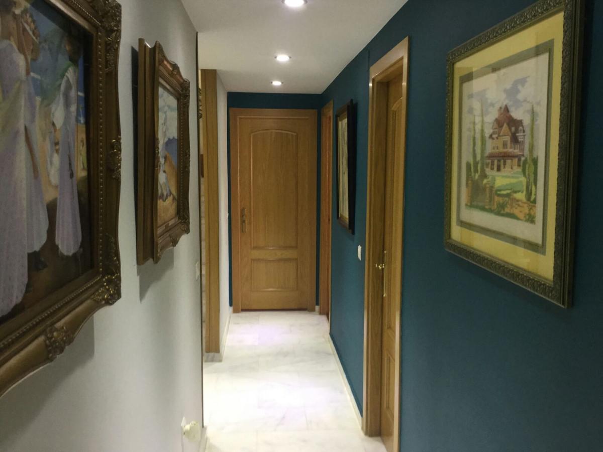 Apartamento con 4 Dormitorios en Venta Málaga