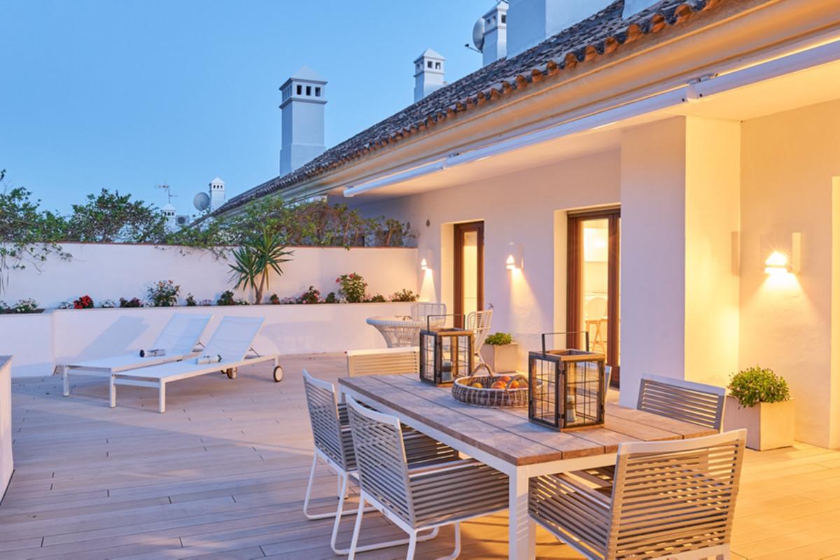 Ático en Venta en Marbella – R3469585