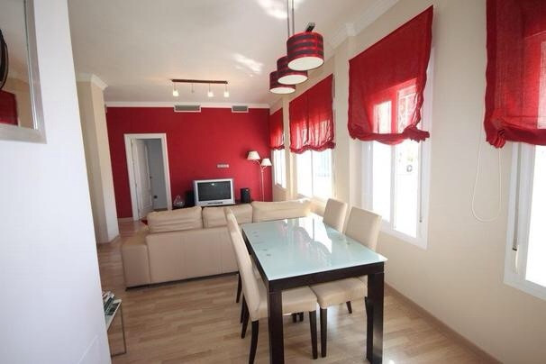 Urb Royal Garden. Ground floor apartment in closed urbanization of Nueva Andalucia, very close to Pu, Spain