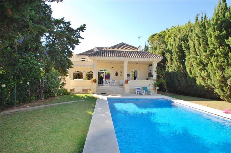 Villa – Chalet en Venta en The Golden Mile – R2826809