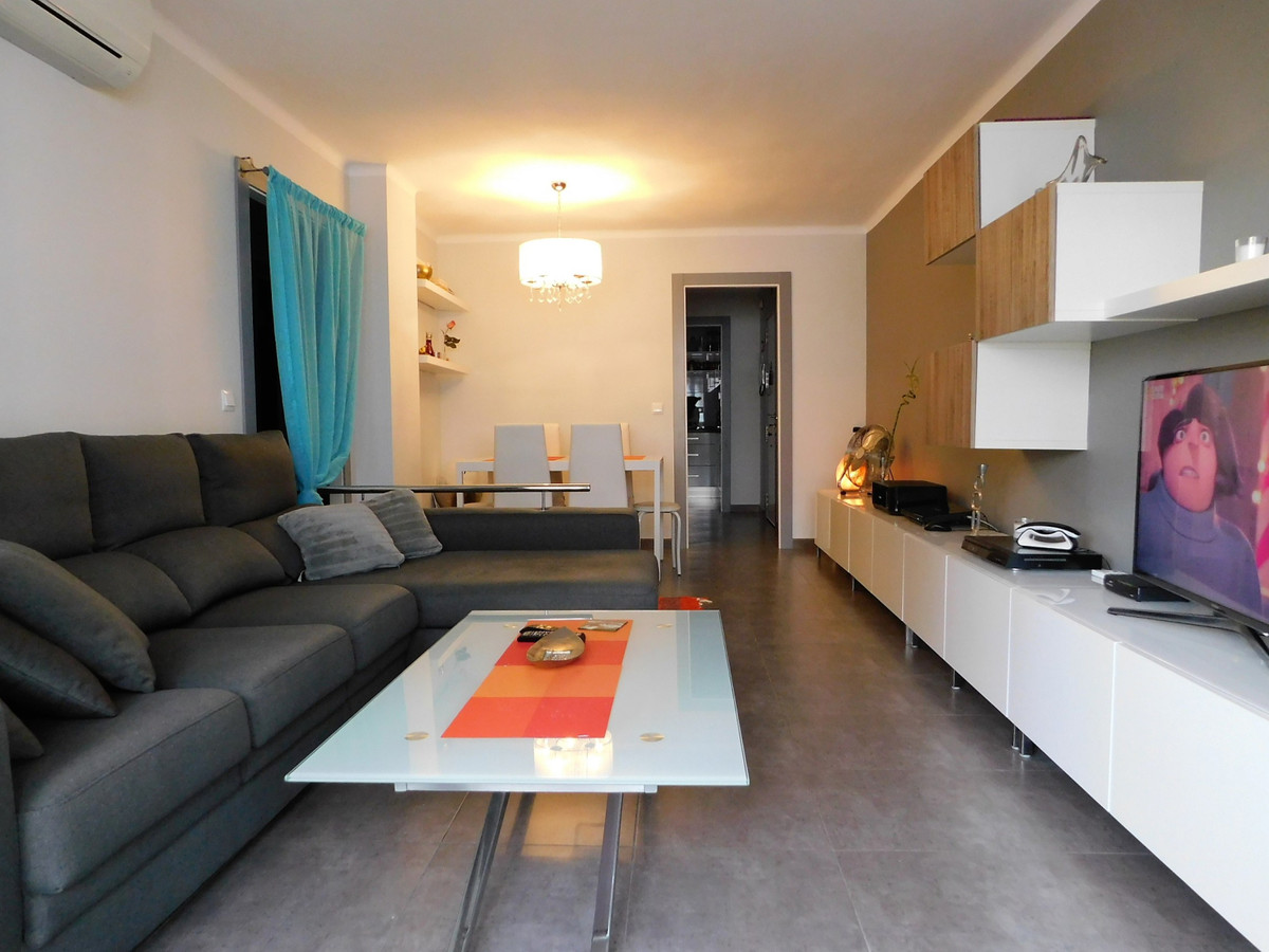Spectacular apartment completely reformed super coquettish design, very good location 3 minutes walk, Spain