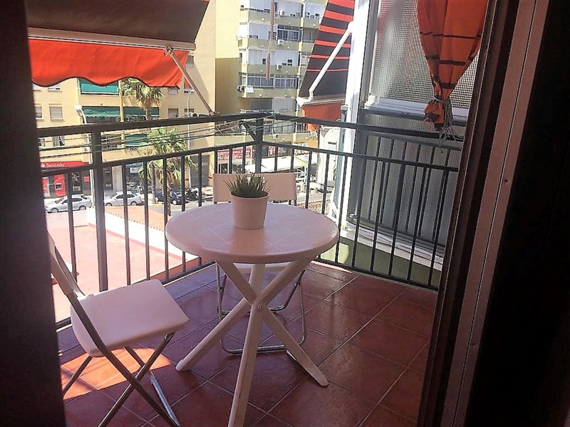 Middle Floor Studio in Torremolinos for sale