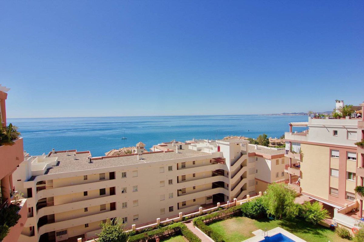 Beautiful penthouse located at only a few steps to the beach. 2 bedrooms 1 bath and 1 toilet. Master, Spain