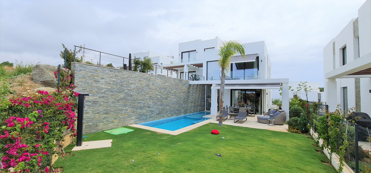 Unique semi detached villa, just recently completed and in excellent quality and design. The propert,Spain