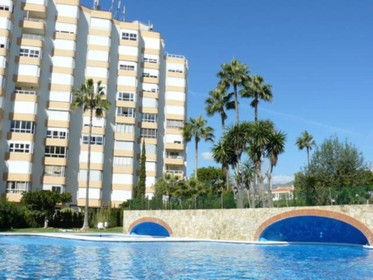 Apartment located on the 8th floor of the building with spectacular views of the sea and the mountai, Spain