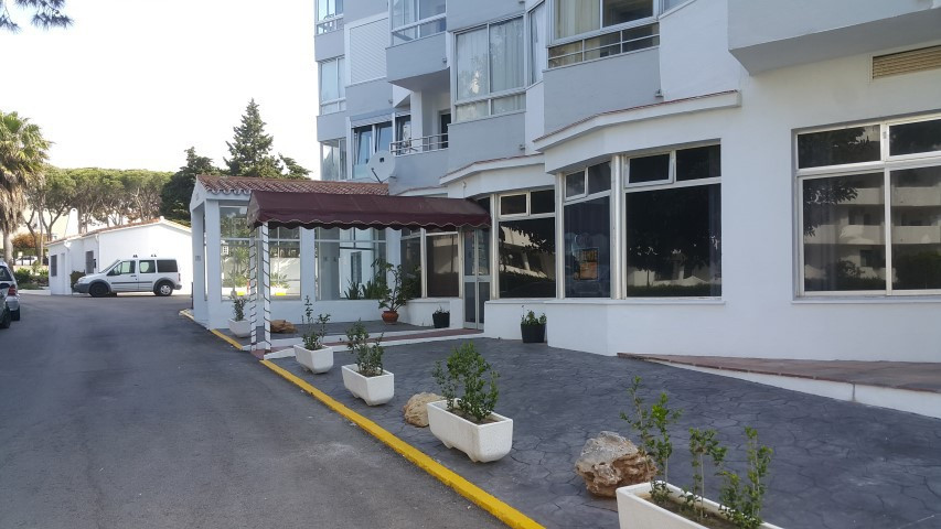 Restaurant for sale in Calahonda
