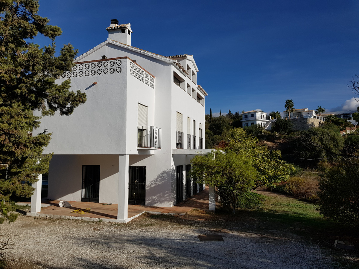 Detached Villa in Mijas Costa