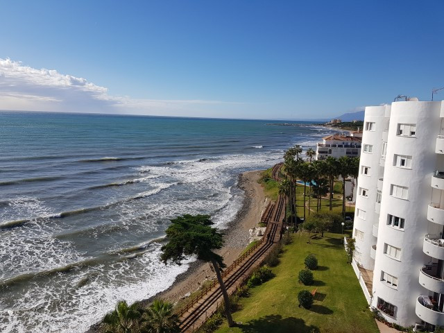 Stunning front line location on the beach in Calahonda in Mijas Costa. South facing one bedroom pent,Spain