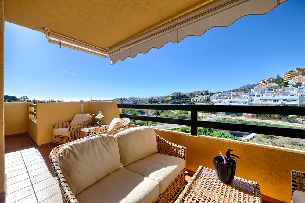 Very nice and cosy three bedroom apartment in Estepona. Southwest facing with nice sea views. The li, Spain