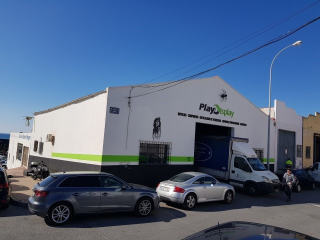 Opportunity to invest in the best industrial area of Marbella. This Warehouse is located just steps ,Spain