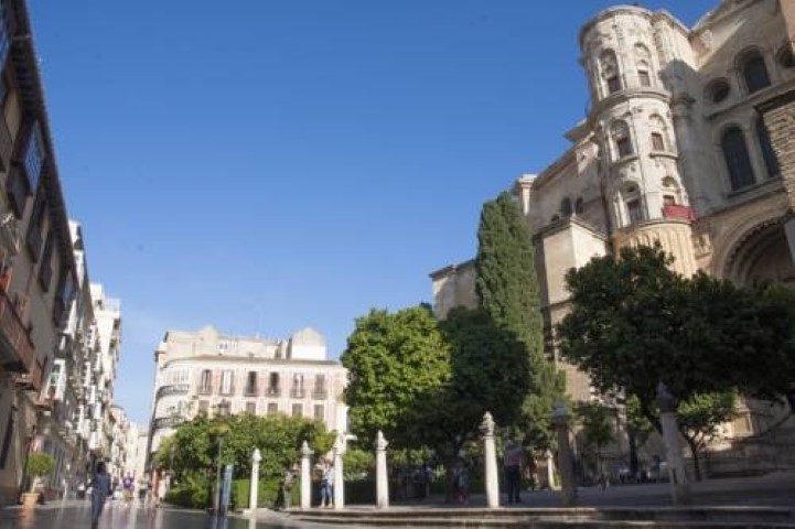 A new building project of 12 apartments close to the historic center of Malaga. The properties offer,Spain