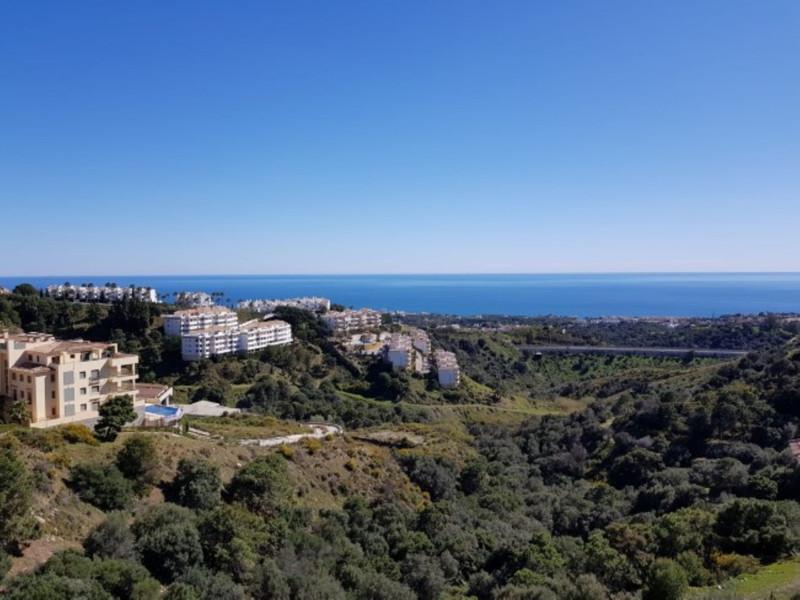 Marbella Banus Apartamento Planta Media en venta, Calahonda – R3294865