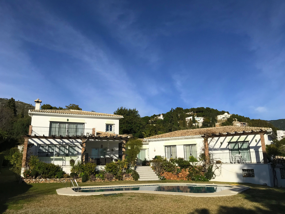 HUGE, IMMACULATE ANDALUSIAN STYLE VILLA situated in tranquil location with wonderful sea views only ,Spain