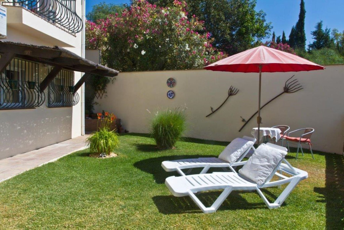 MAGNIFICENT BUNGALOW VILLA with a SEPARATE GUEST APARTMENT BELOW &  BEAUTIFUL SEA VIEWS situated,Spain
