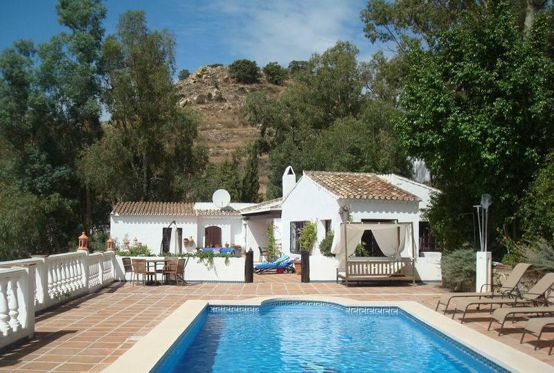 Villa – Chalet a la venta en Mijas – R3615047