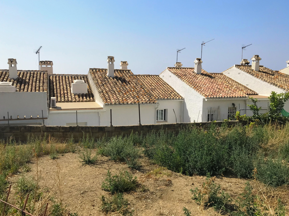 BUILDING PLOT of 235 m2  FOR SALE only a minute from Benalmadena's historic town centre. IDEAL ,Spain