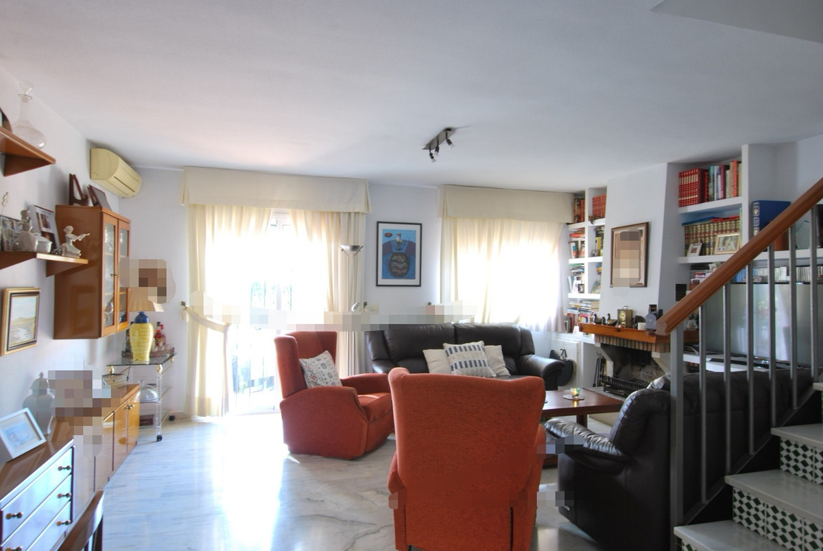 Semi-Detached House, Mijas Costa, Costa del Sol. 3 Bedrooms, 2 Bathrooms, Built 132 m², Terrace 20 m, Spain