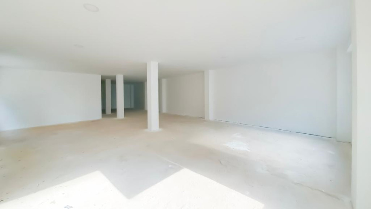 Commercial Premises for sale in Fuengirola R3506917