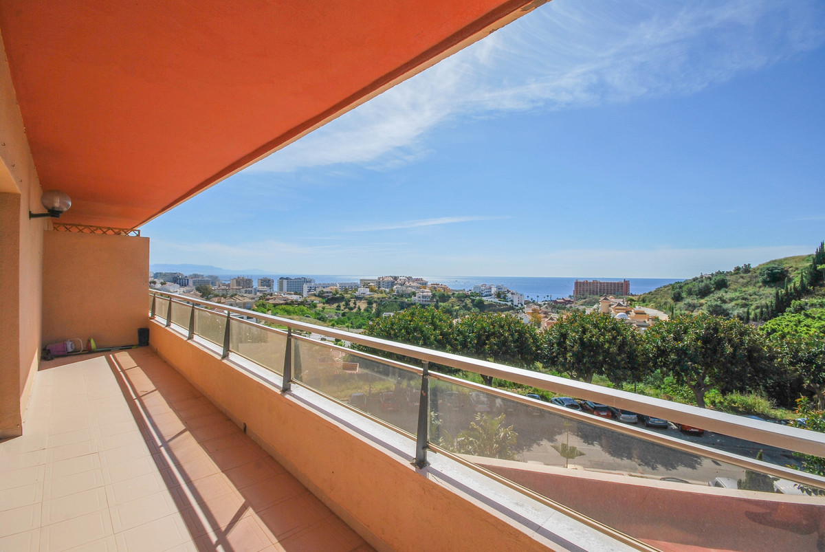 Spacious apartment with panoramic views over sea and golf in Torrequebrada! The apartment is located,Spain