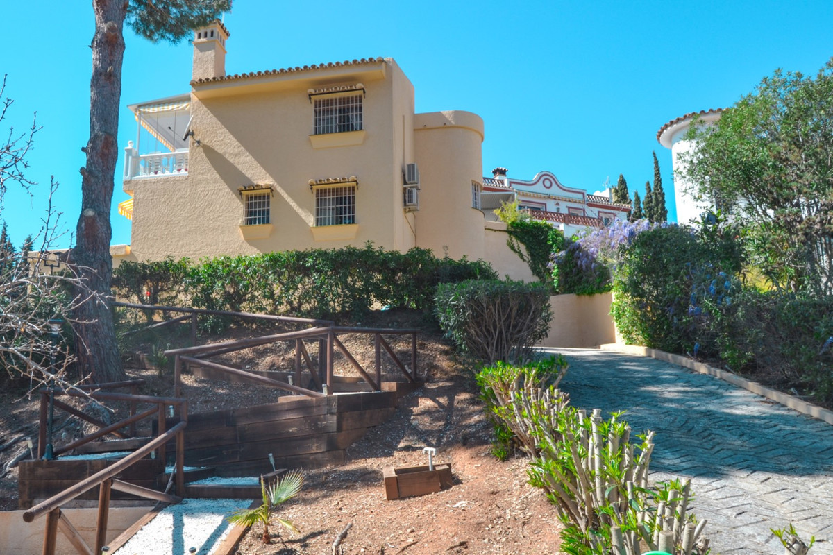 Welcome to Campo mijas and this three story villa of 189 sqm. This is a characterful and charming vi, Spain