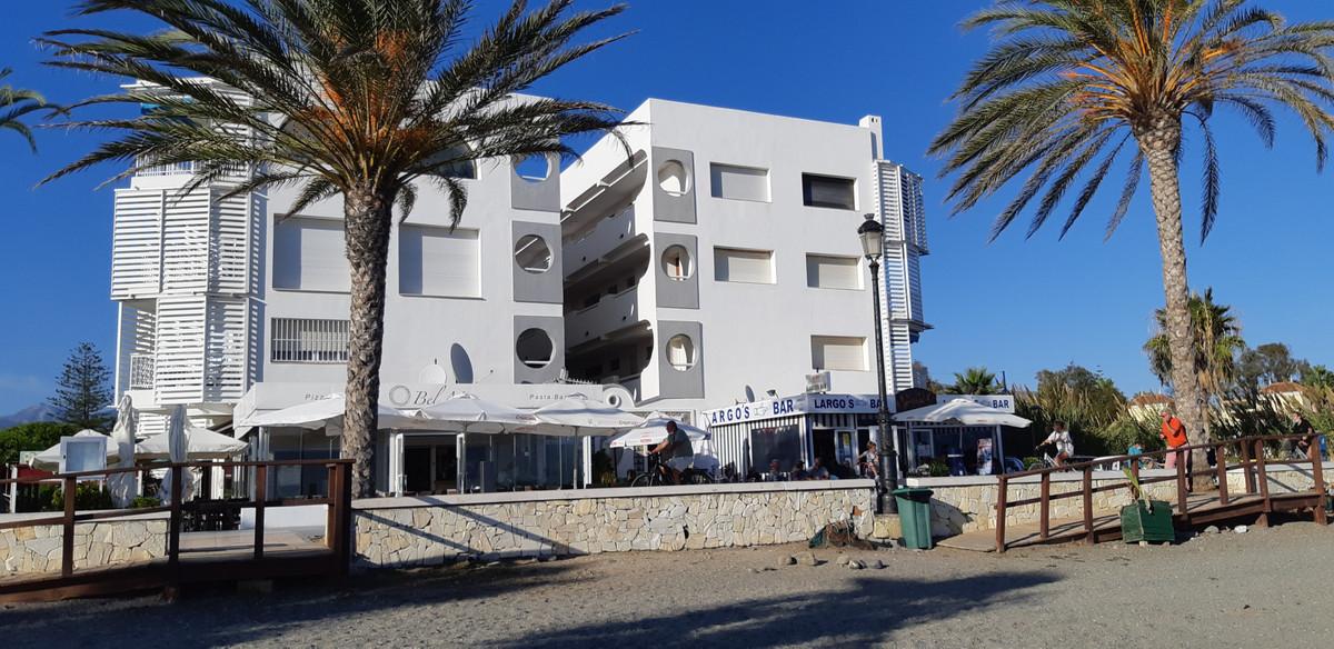 Marbella Banus Apartamento Planta Media en Venta en Marbella – R3736732