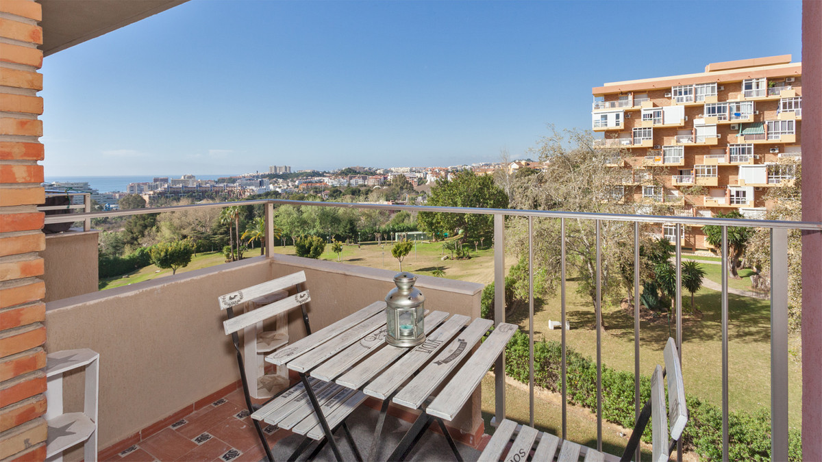 Studio equipped in the building Minerva. Ideally located, close to everything with a beautiful garde, Spain