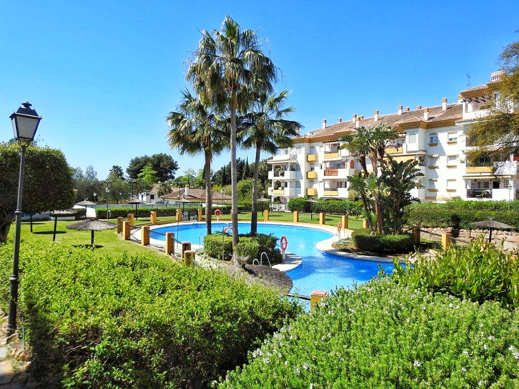 Fantastic 2 bedroom / 2 bathroom contemporary apartment (corner unit) very spacious with 106 m² buil,Spain