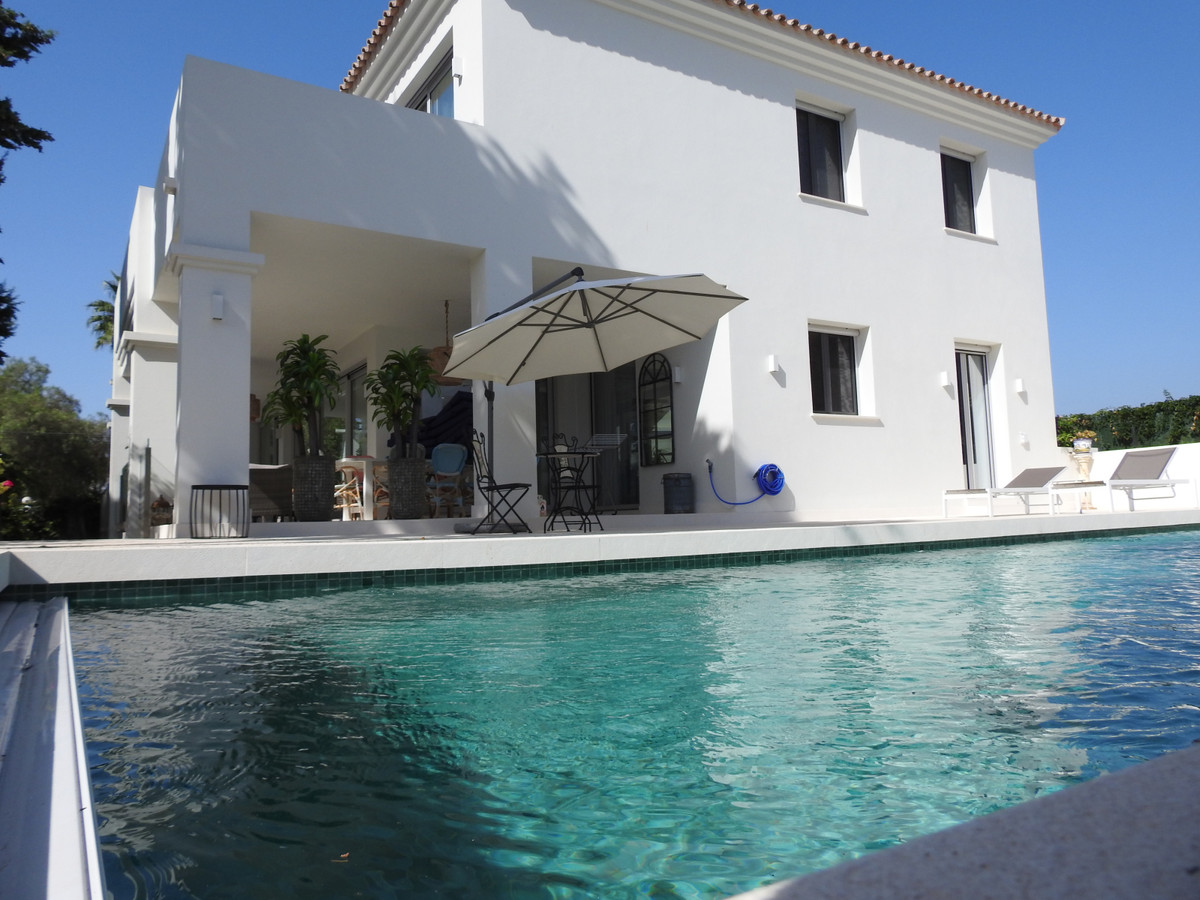 Spectacular Villa in Cortijo Blanco.  We are pleased to present this beautiful fully furnished villa,Spain