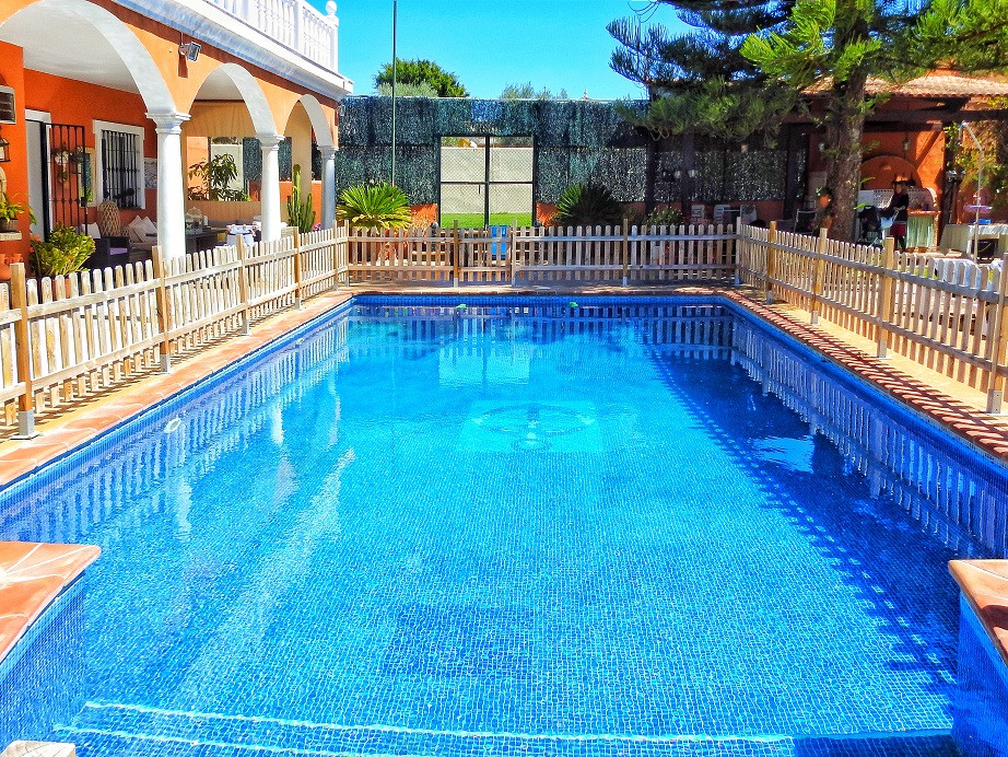 SPECTACULAR VILLA IN GUADALMINA ALTA: well established residential area within walking distance of G,Spain