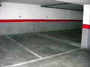 Garaje a la venta en Nueva Andalucía