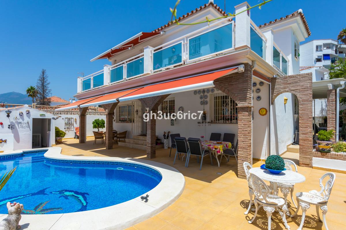 Marbella Banus Villa – Chalet en Venta en Nueva Andalucía – R3678677