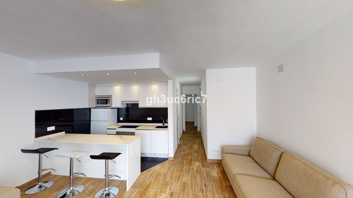 Marbella Banus Apartamento en Venta en Calahonda – R3720695