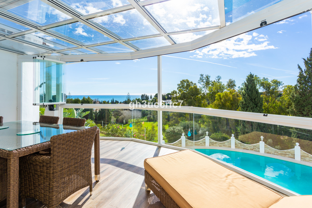 Magnificent villa completely renovated with open views to the sea and the Chaparral golf course, nea,Spain
