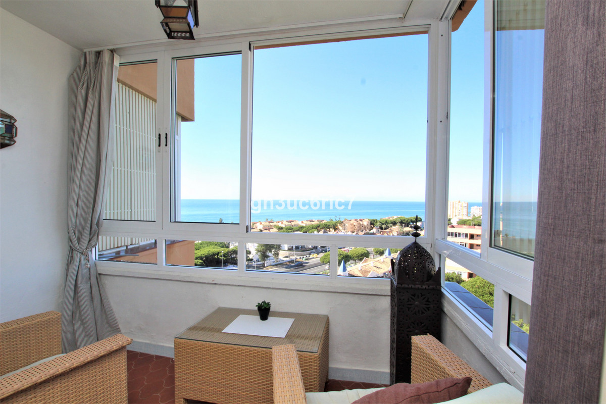 Studio apartment with breathtaking Sea and mountain views , walking distance to the beach, shops, re,Spain