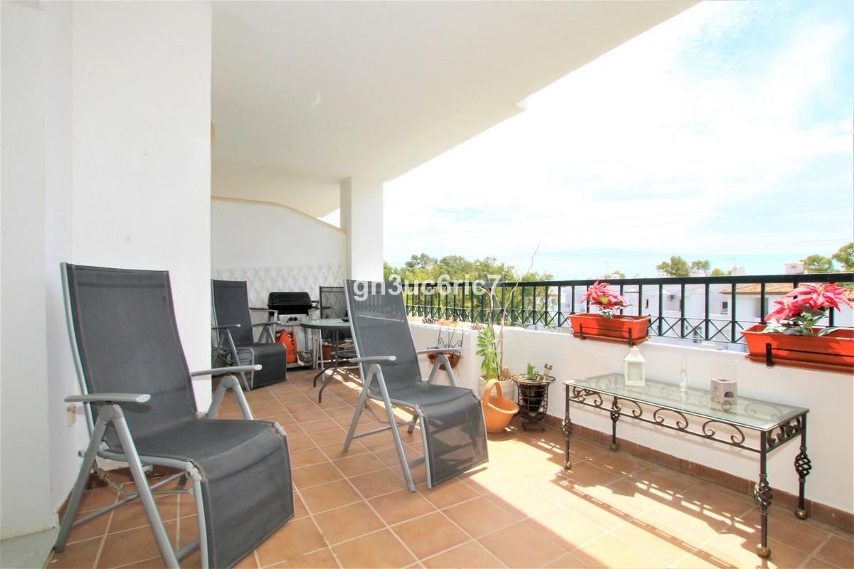 Marbella Banus Apartamento en Venta en Calahonda – R3839932