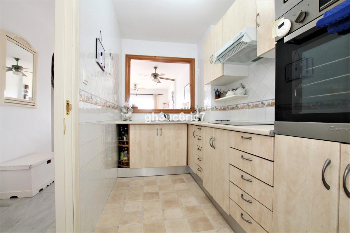 Apartamento en Venta en Calahonda – R3839932