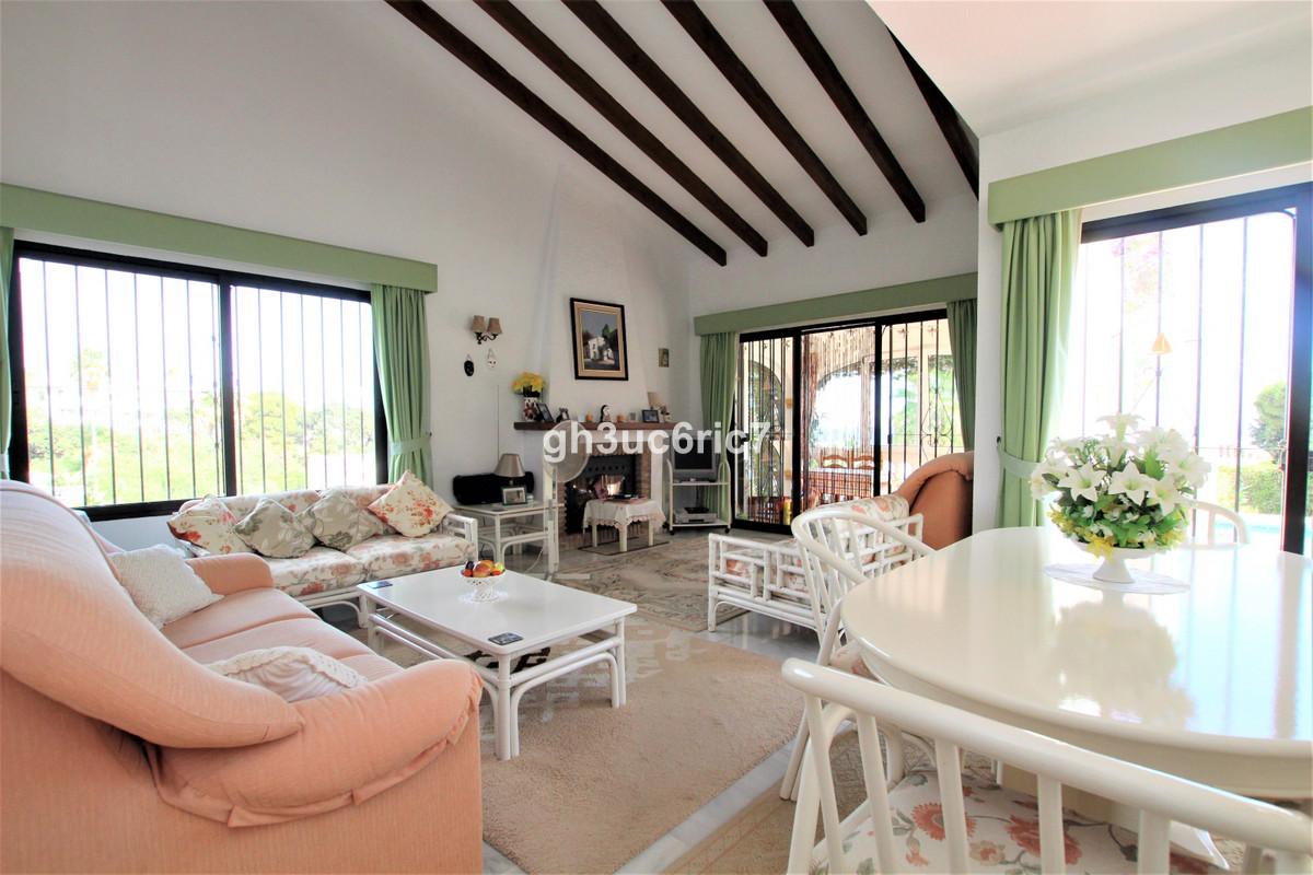 4 Bedroom Detached Villa For Sale Calahonda