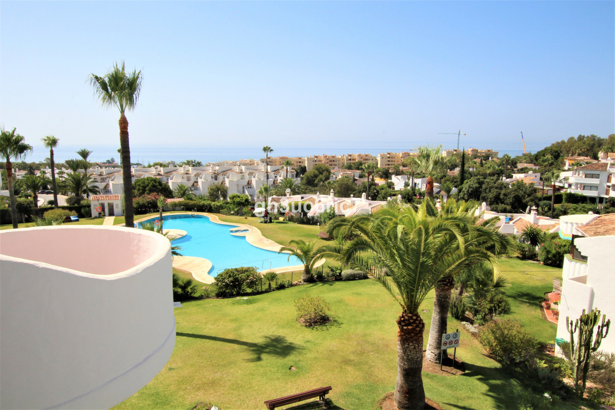 A lovely corner penthouse apartment with panoramic sea views, located in one of the most sought afte,Spain