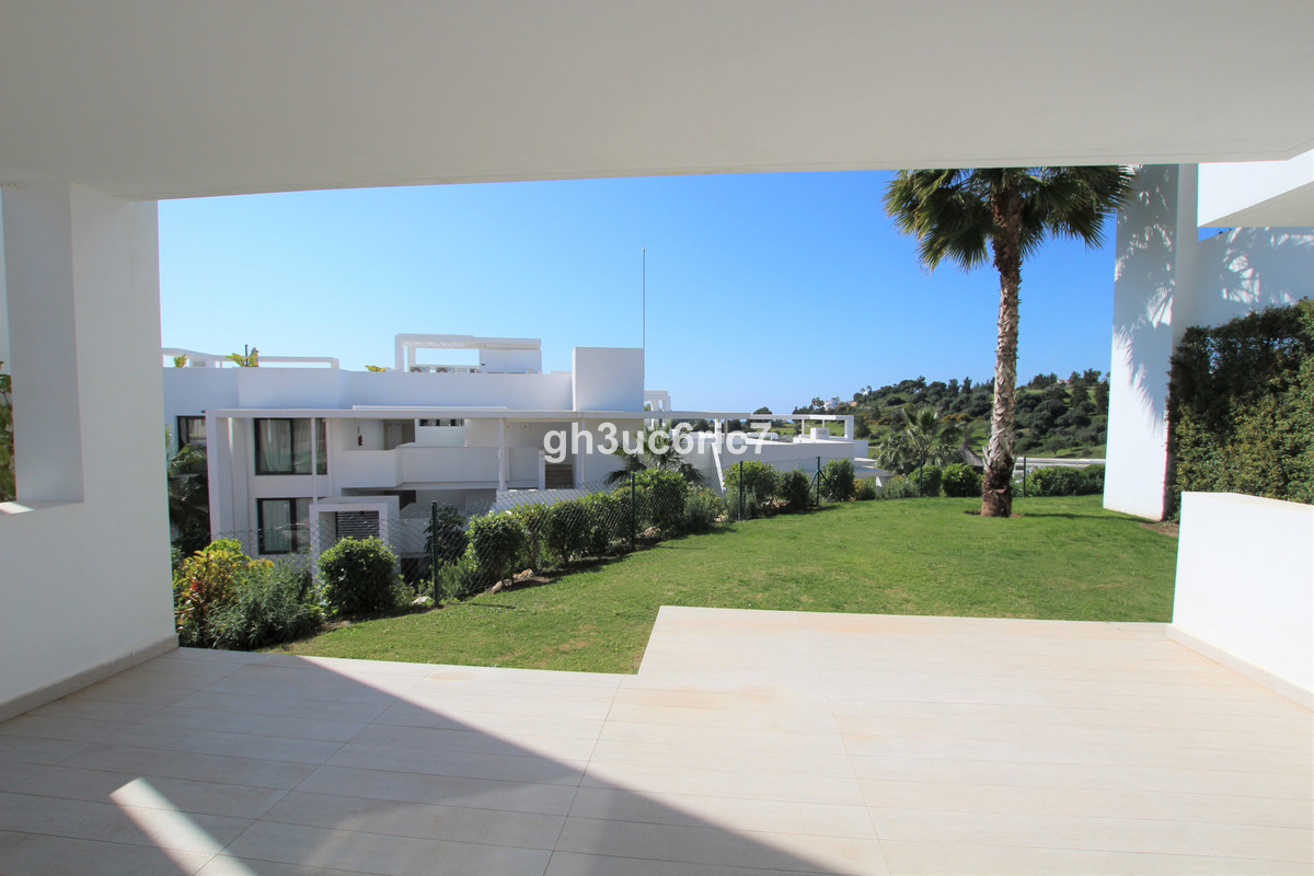 Apartment Ground Floor in Atalaya, Costa del Sol