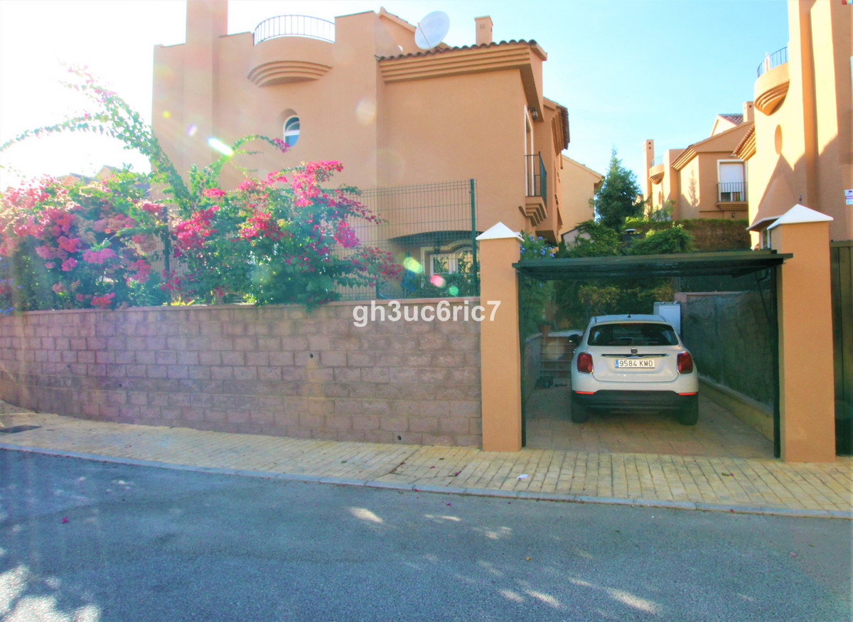 3 Bedroom Semi Detached Villa For Sale Riviera del Sol