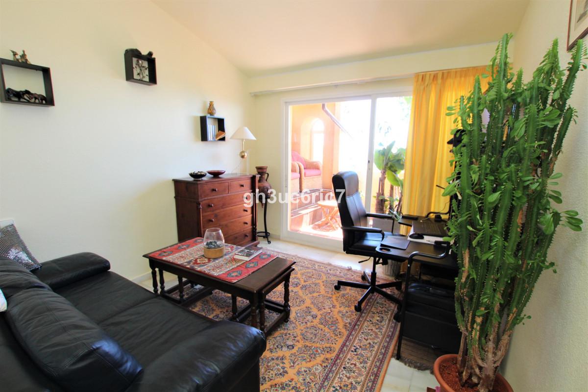 Apartamento en Planta Última en Calahonda