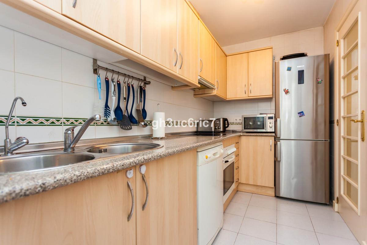 Apartamento en Venta en Calahonda – R3369112