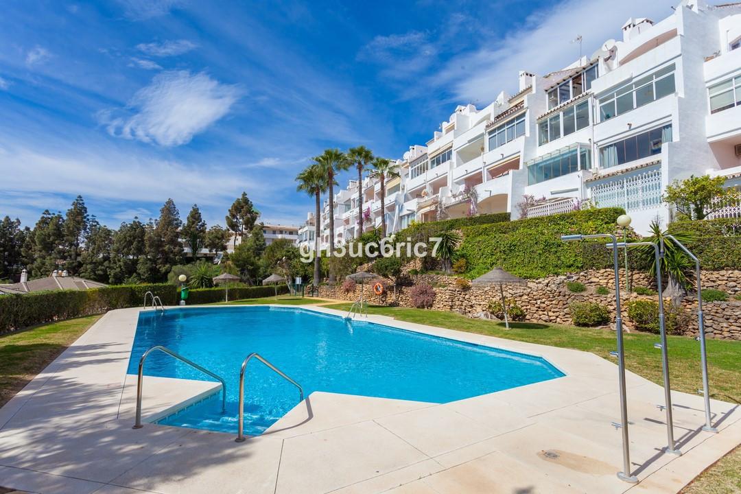 Marbella Banus Ático en Venta en Calahonda – R2880656