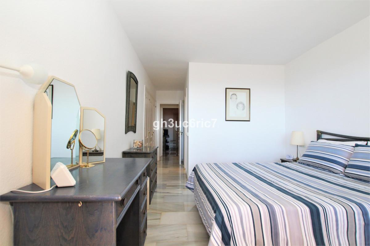 Apartamento en Venta en Calahonda – R3867499