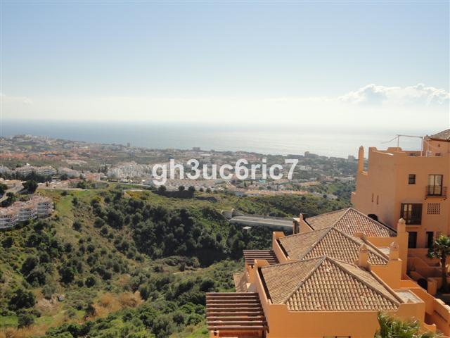 Marbella Banus Apartamento en Venta en Calahonda – R3162895
