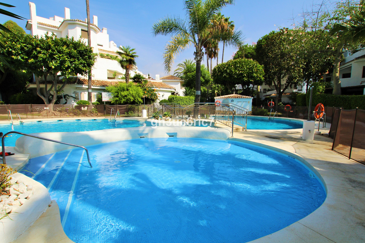 Location, location!! First line beach complex, Golden Beach, Elviria. A nice ground floor apartment , Spain